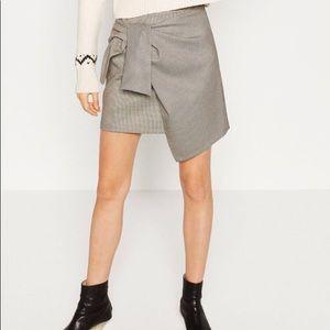 Zara Black & White Houndstooth Check Wrap Skirt